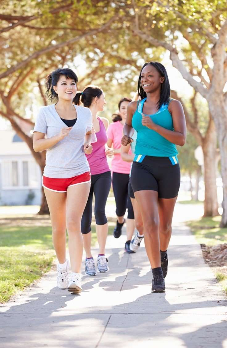 Girls running to prevent vein disease